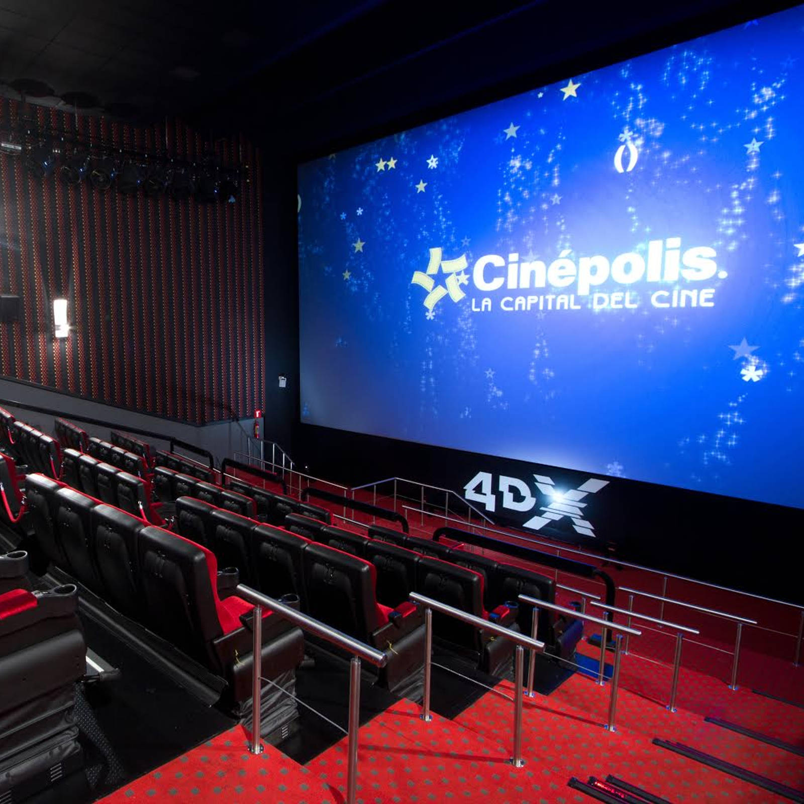 Altaplaza cines altaplaza mall panam for Sala 4d cinepolis